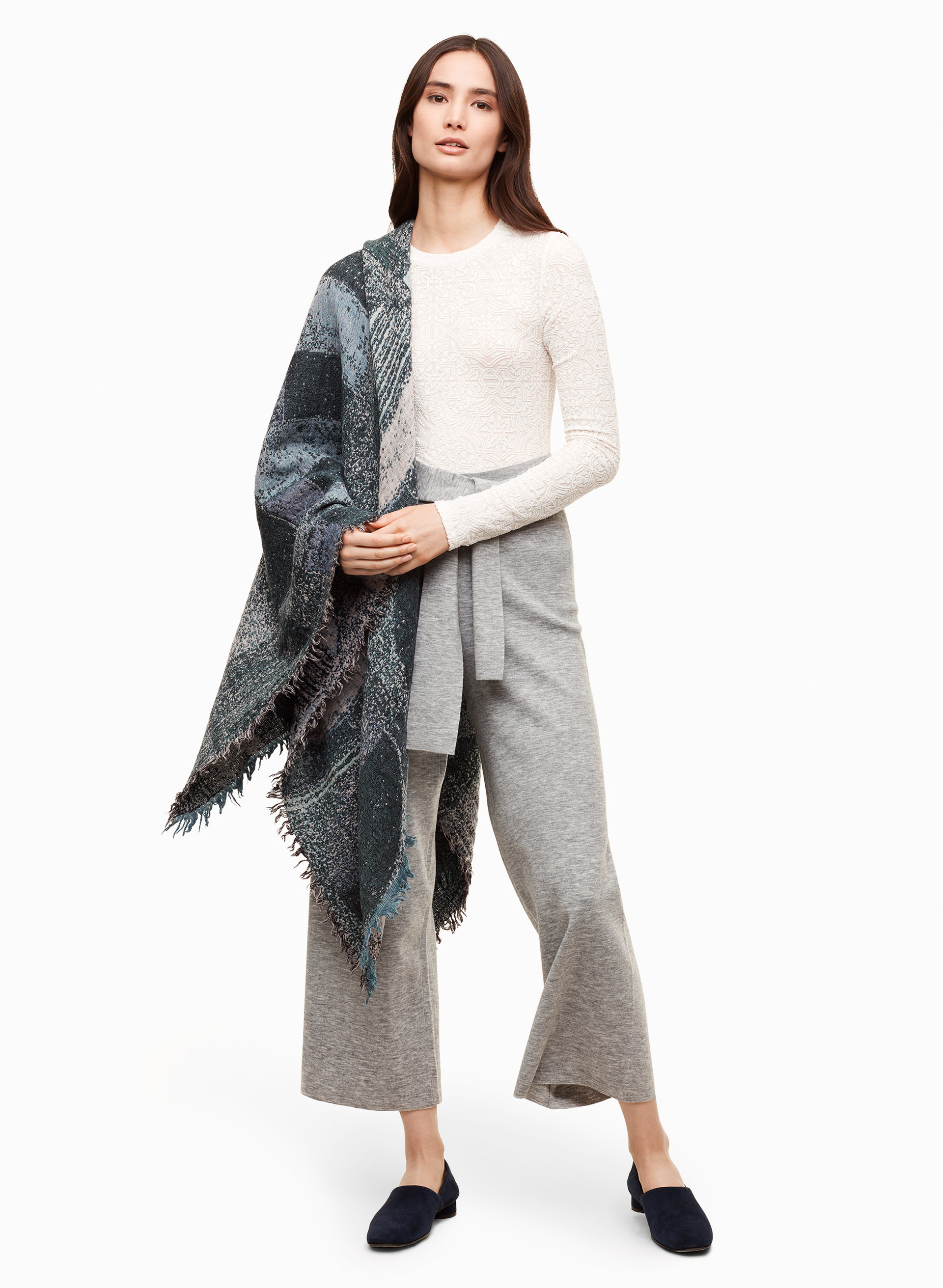 wilfred haus party blanket aritzia ca