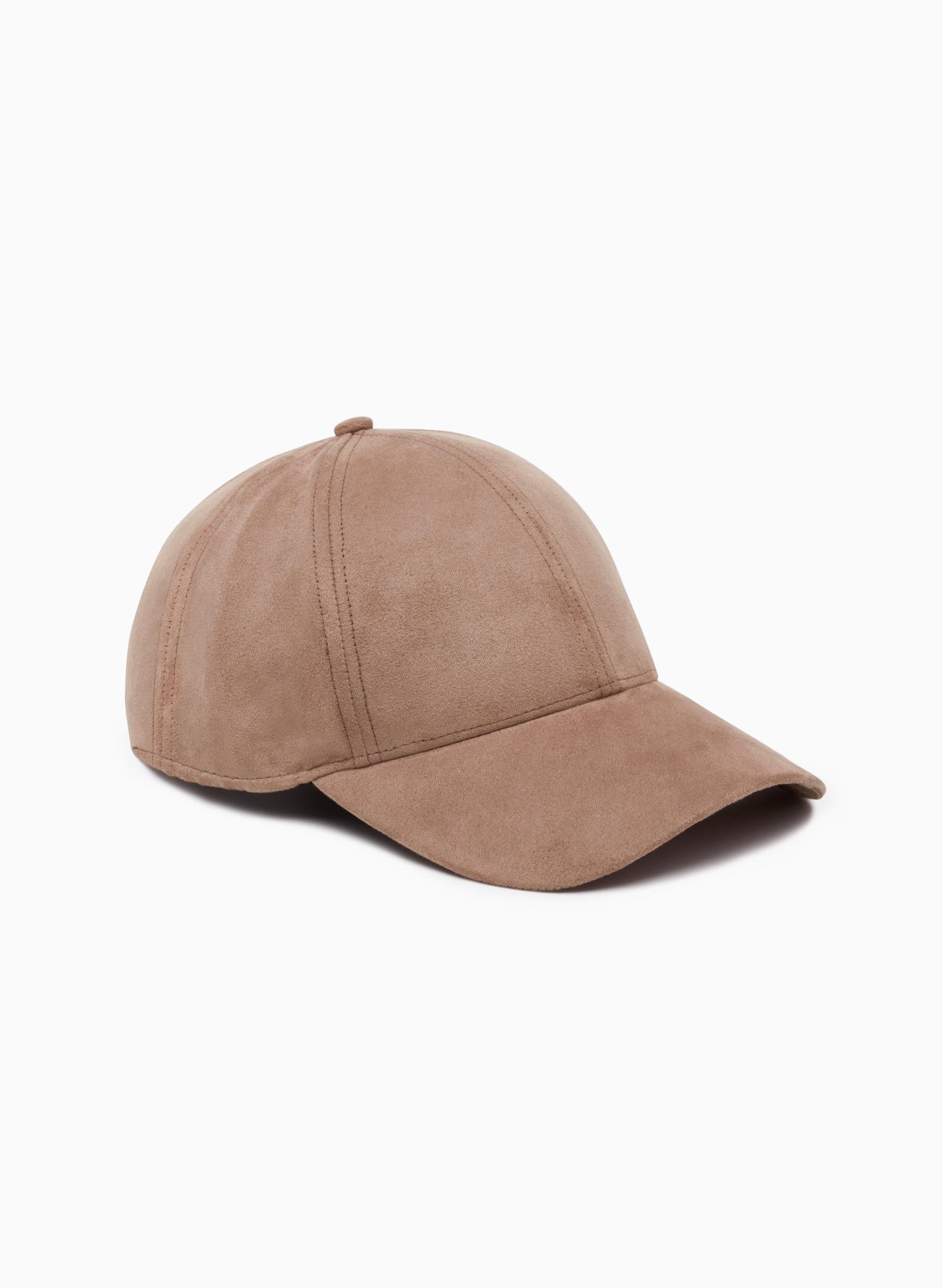 ac4de299556 ... Wilfred Free EMESA HAT