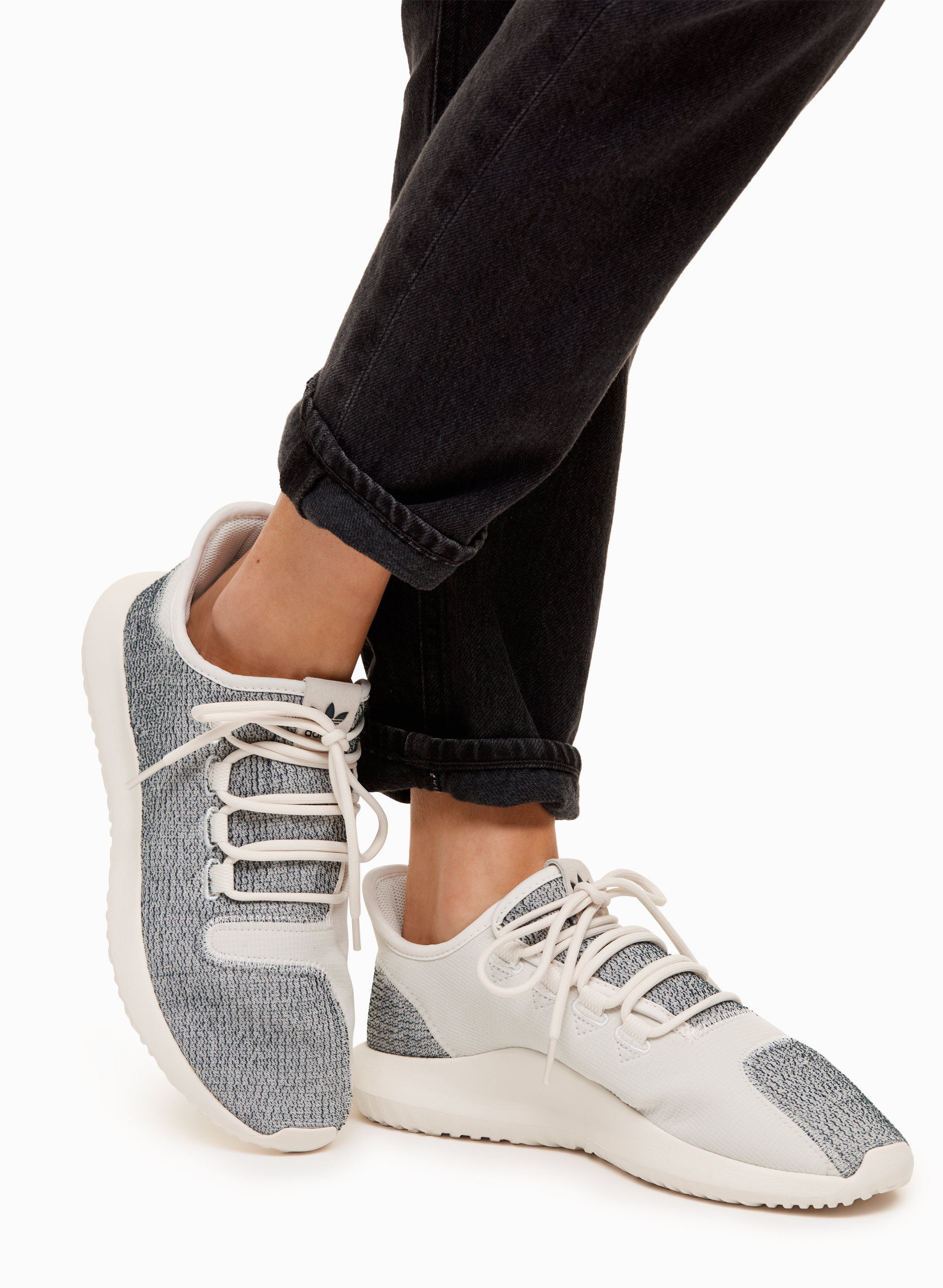 BB 8870 WOMEN TUBULAR SHADOW W ADIDAS GRAY WHITE
