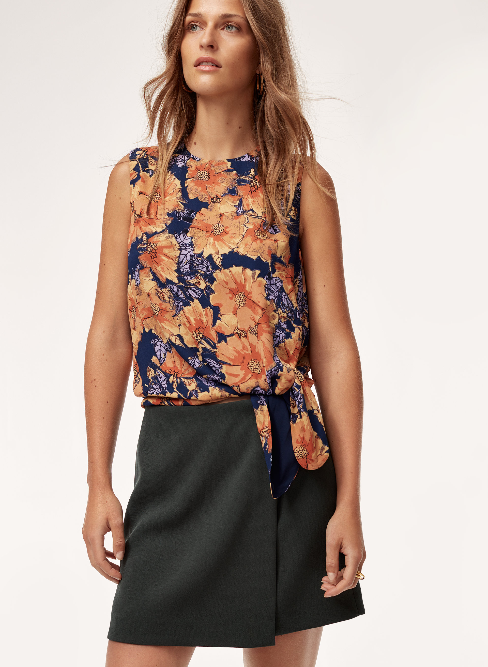 75c25c0510ab43 hopkins blouse Tie-front floral top