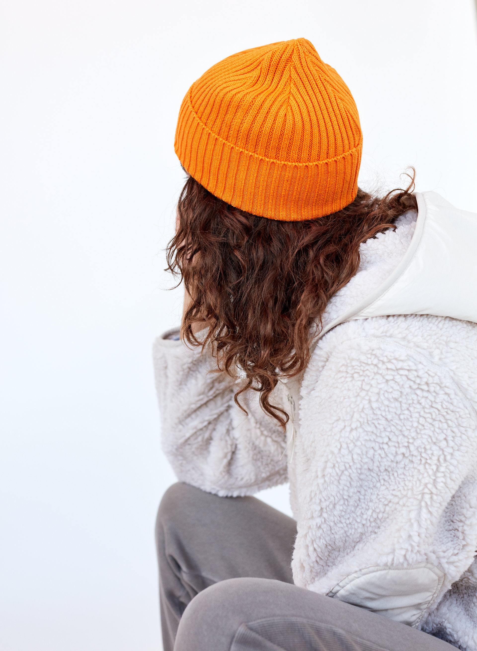 78355a691a2bae ANDIE PEAK HAT - Ribbed, knit beanie