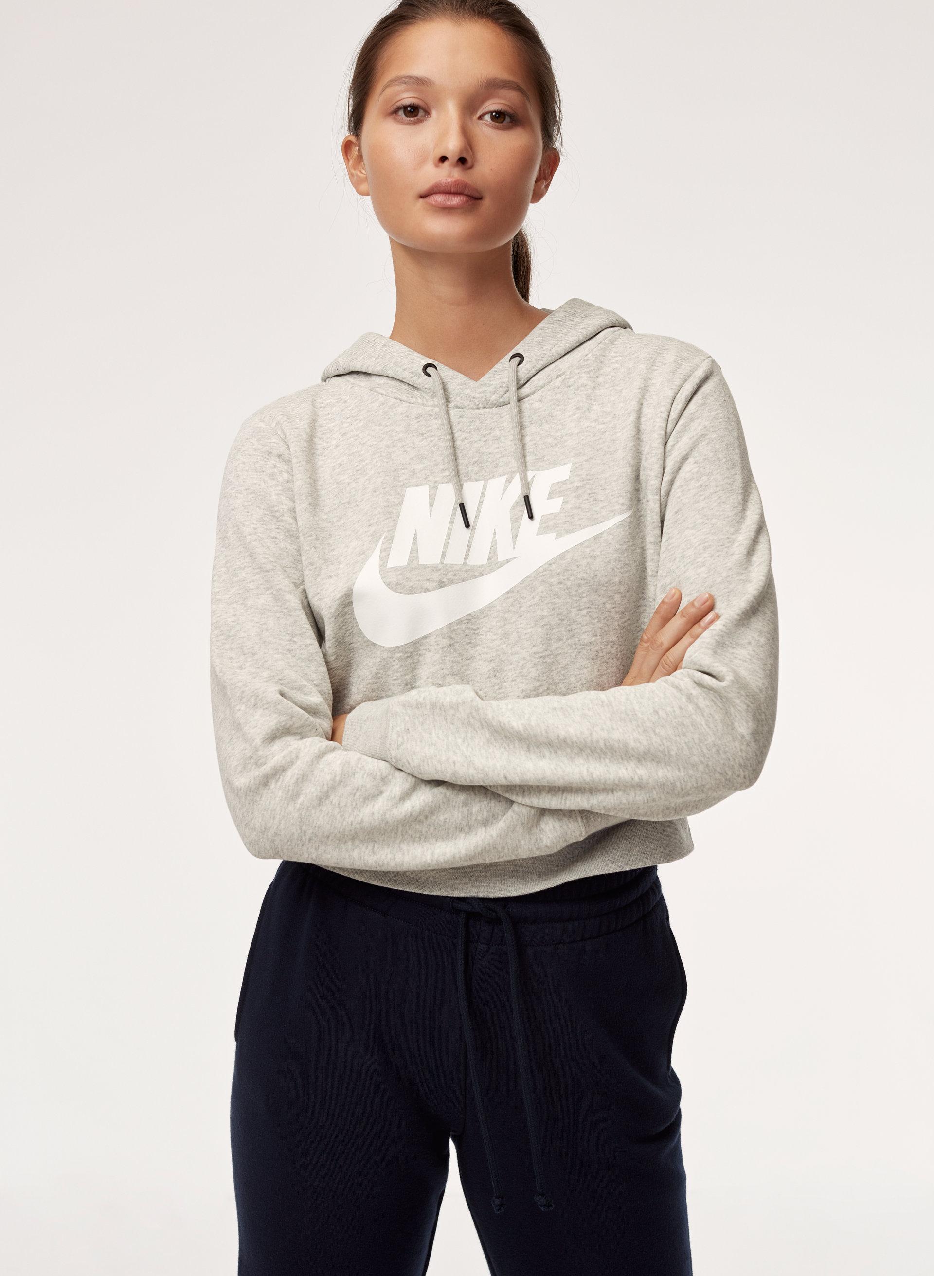 e36771f5f Nike RALLY HOODIE CROP   Aritzia CA