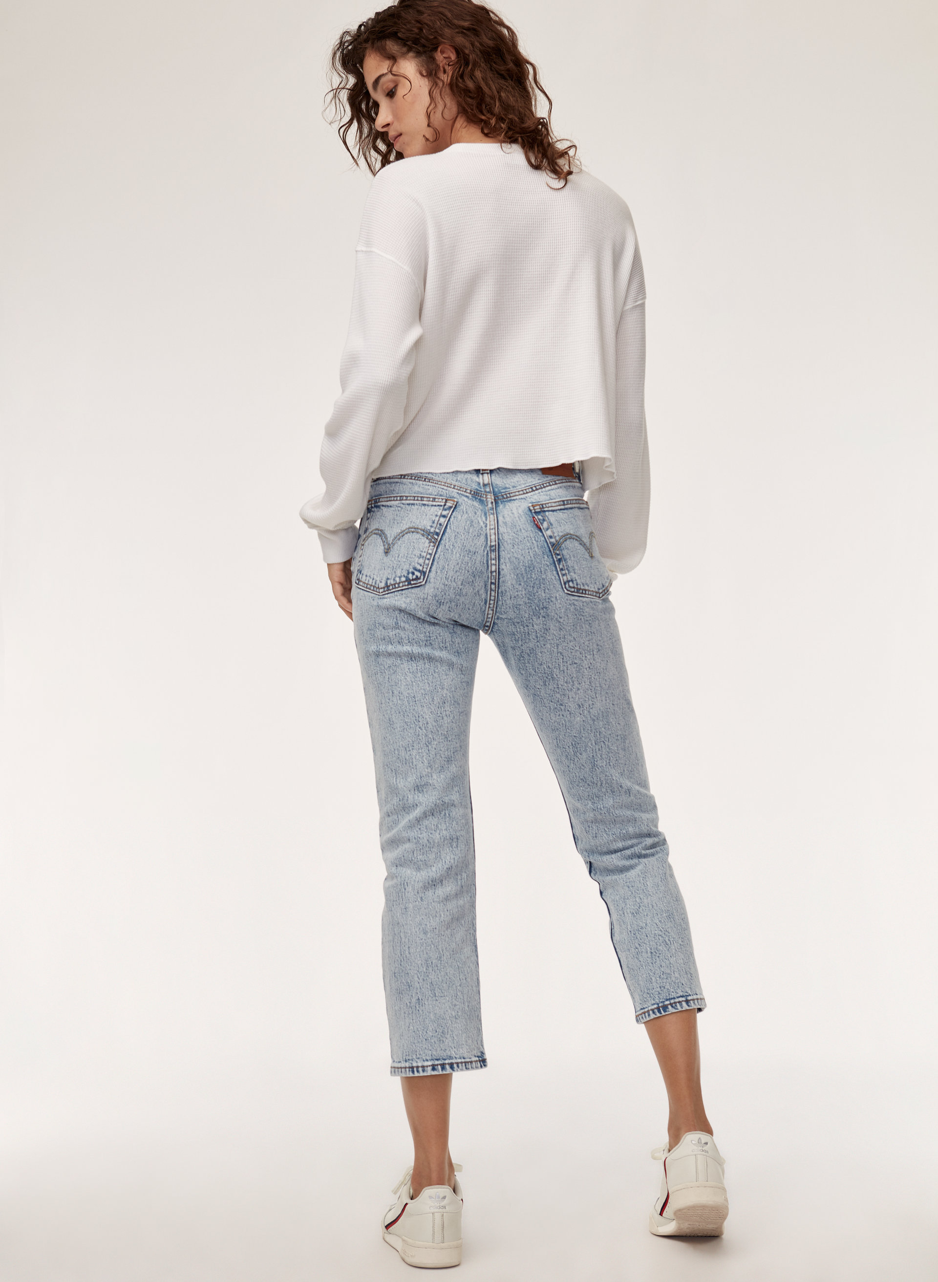 best place for save up to 60% new Levi's 501 CROP | Aritzia US