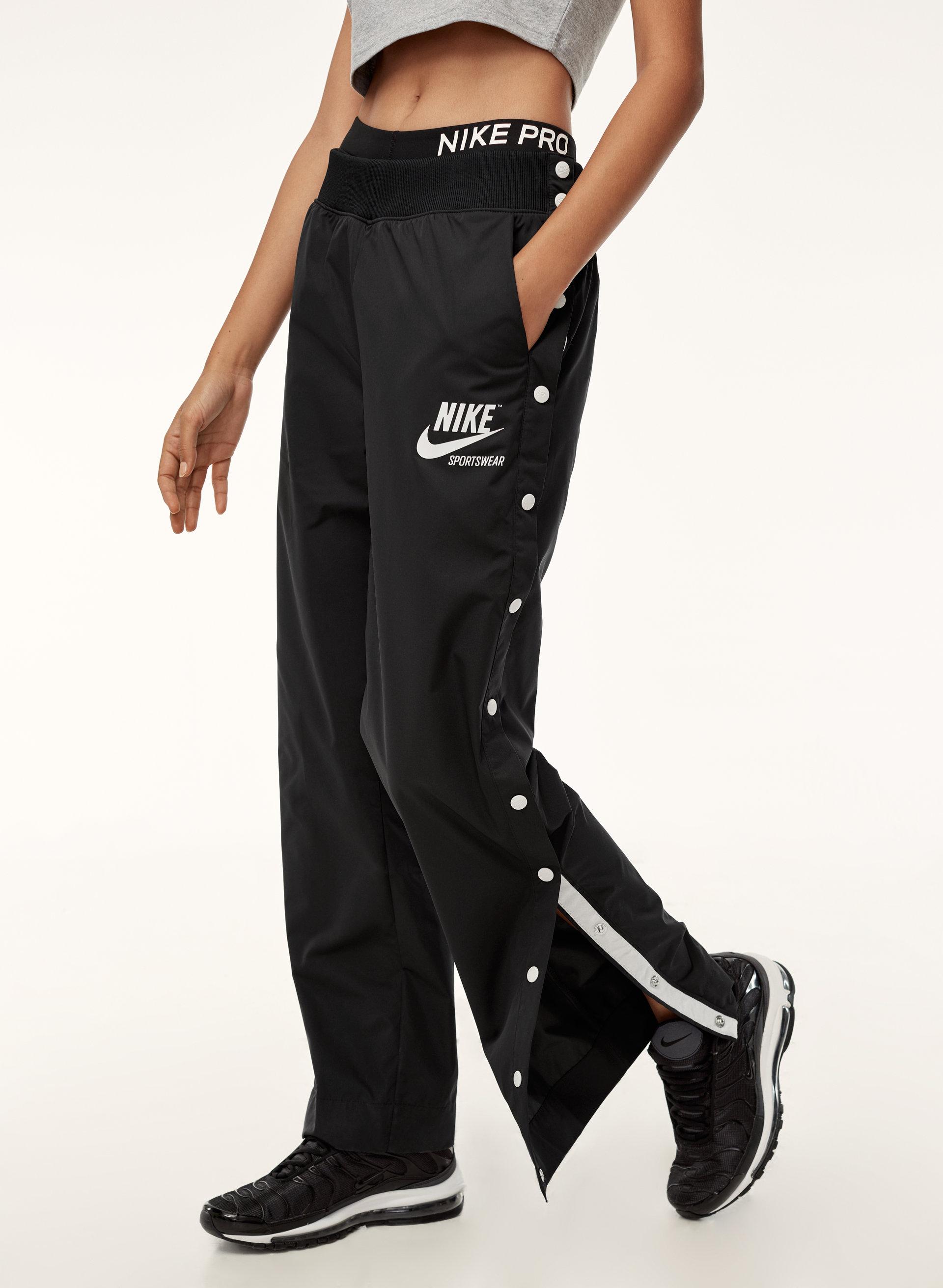 Ca Pantalon Aritzia À Boutons Nike Archive Pression p6fqZw