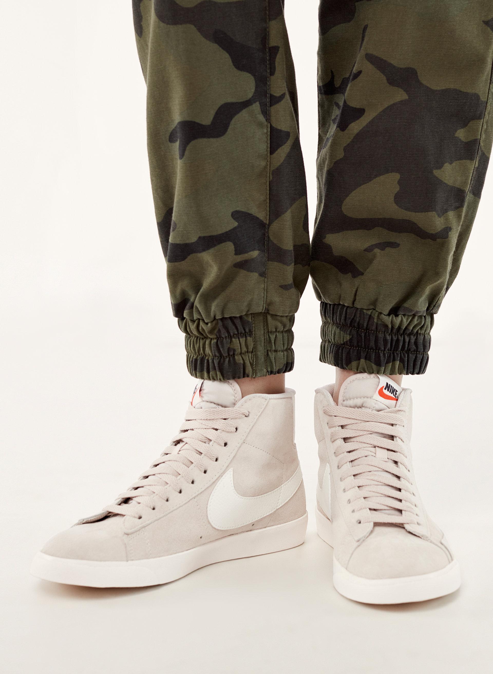 Nike BLAZER MID   Aritzia US