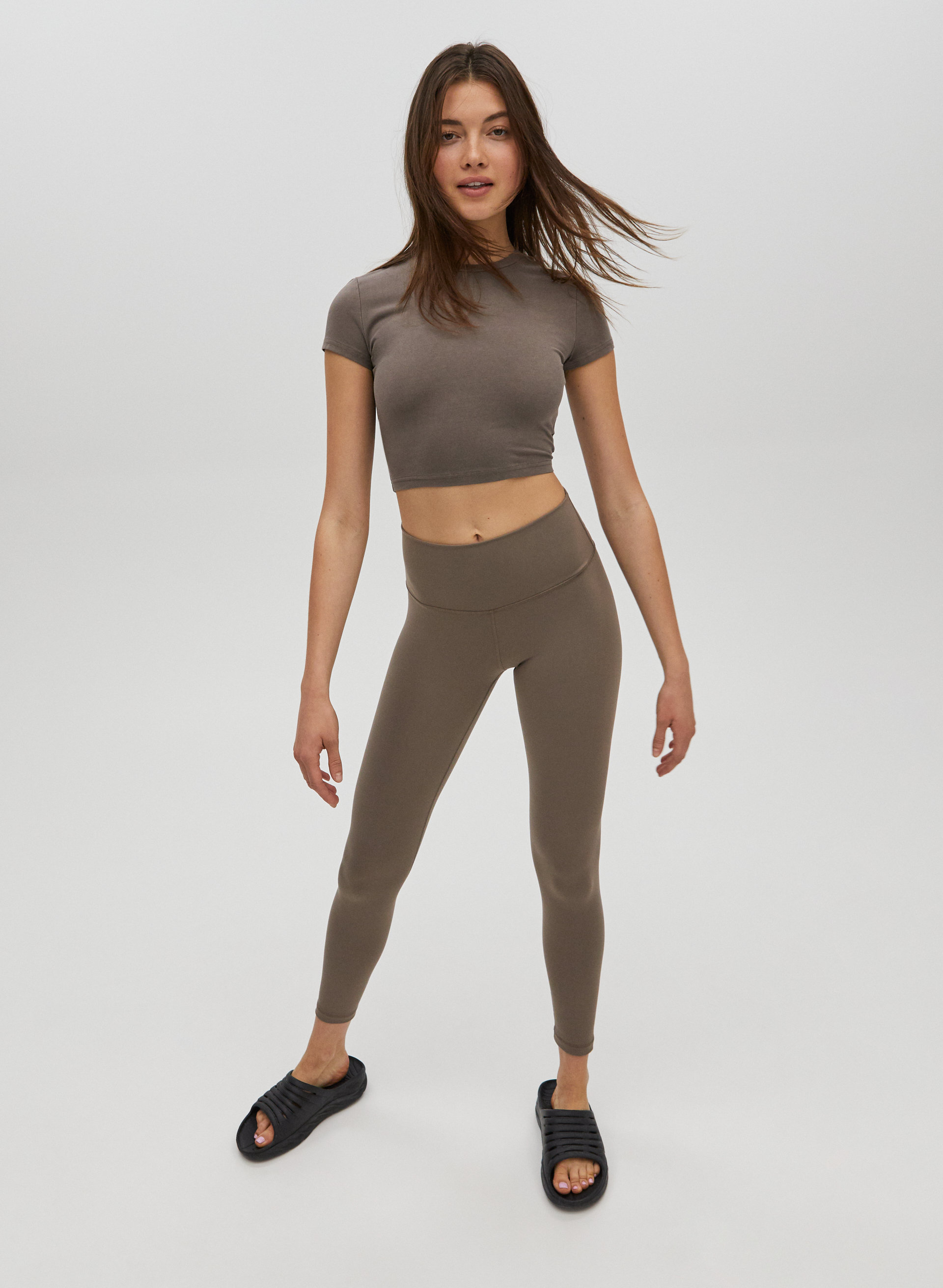 Composed of Stretch Soft Fabric Knee Length Leggings Sizes XS//S//M//L//XL
