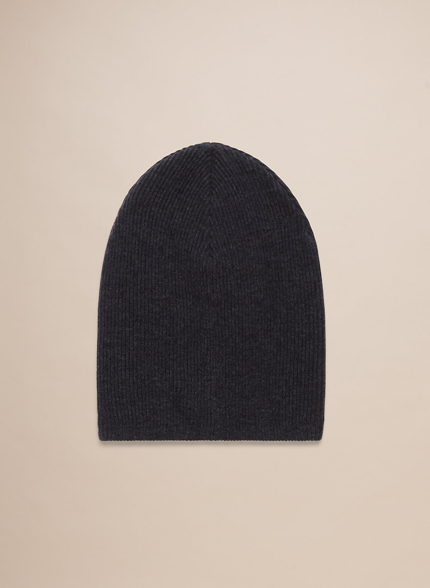 DENNIS FLOPPY HAT - Ribbed, knit beanie