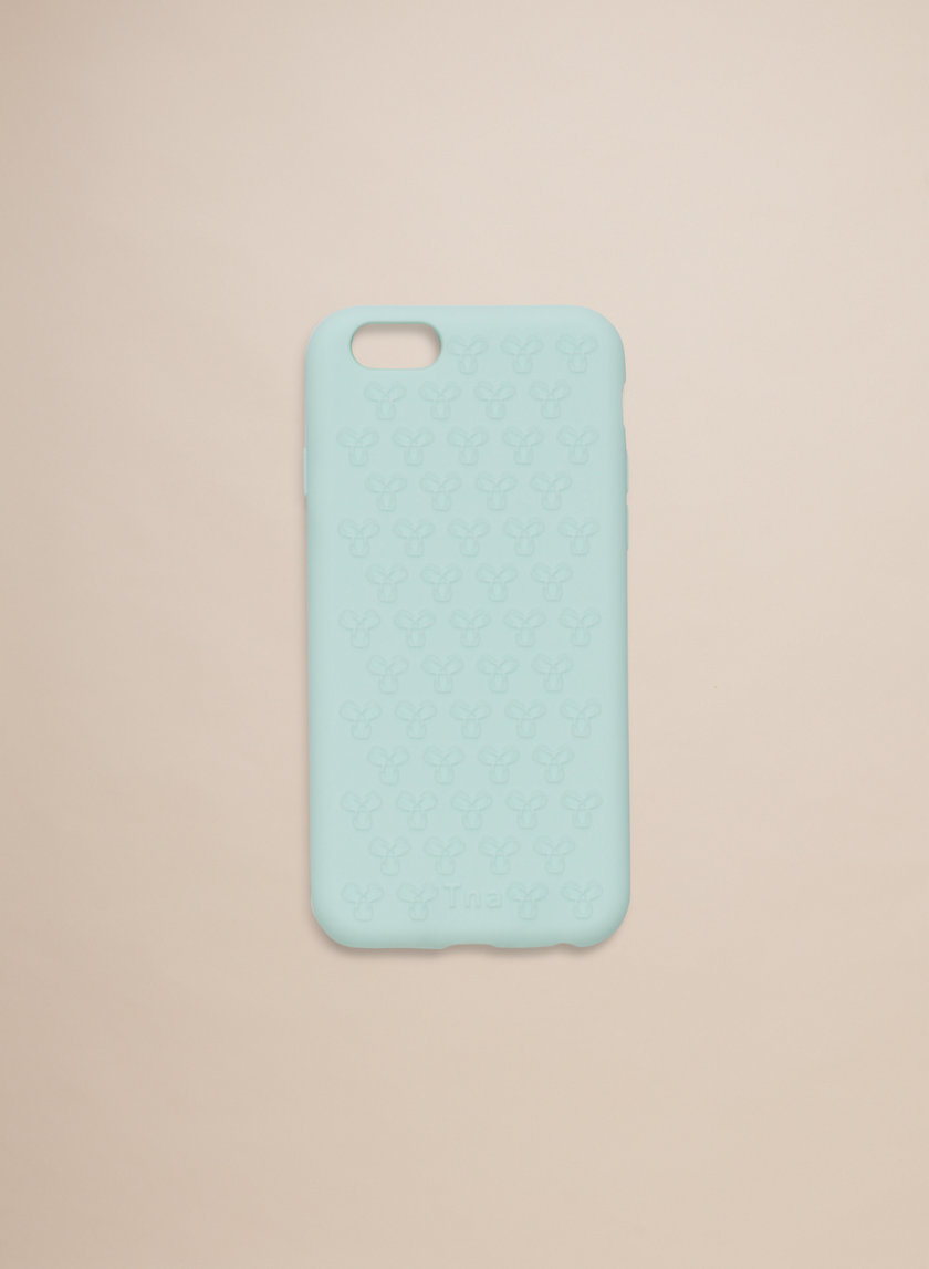 Tna RUBBER IPHONE 6 CASE | Aritzia