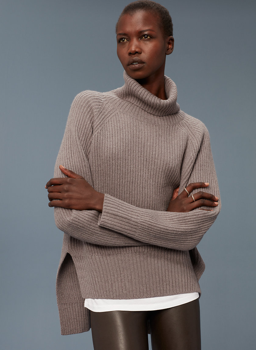LIN SWEATER - Merino-wool turtleneck sweater