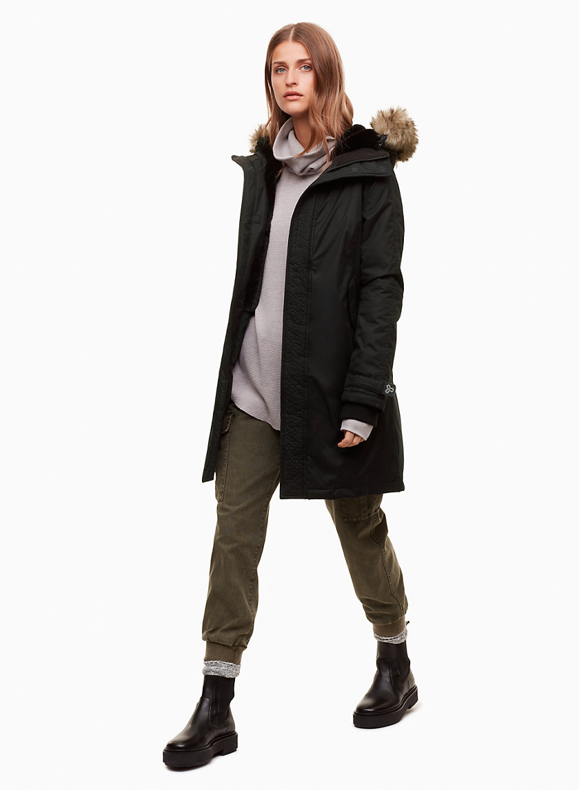 SUMMIT VEGAN PARKA - Mid-length, vegan parka