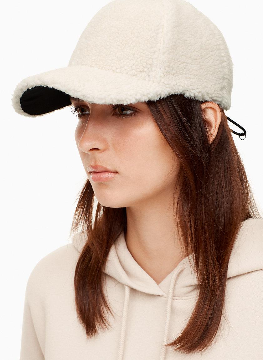 Tna CORNICE HAT | Aritzia