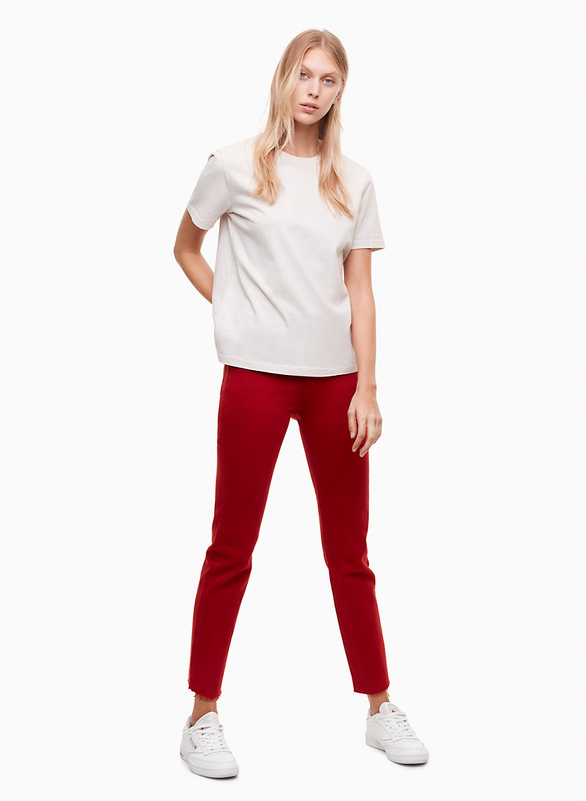 Levi's WEDGIE ICON RED DAHLIA | Aritzia
