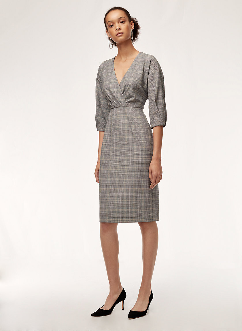 KURT DRESS - Tailored, slim-fit, V-neck dress