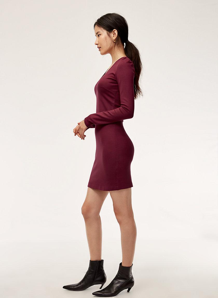 LEO DRESS - Bodycon, V-neck mini dress