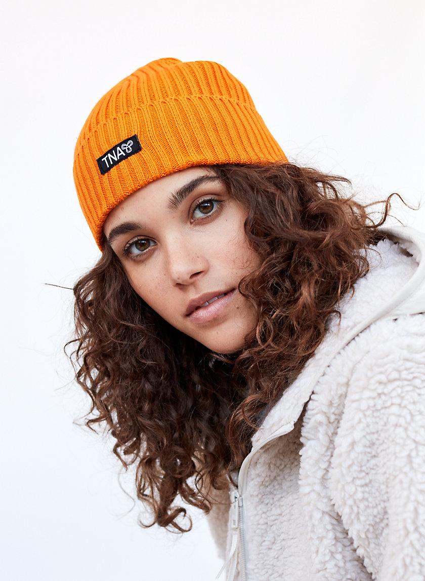 ANDIE PEAK HAT - Ribbed, knit beanie