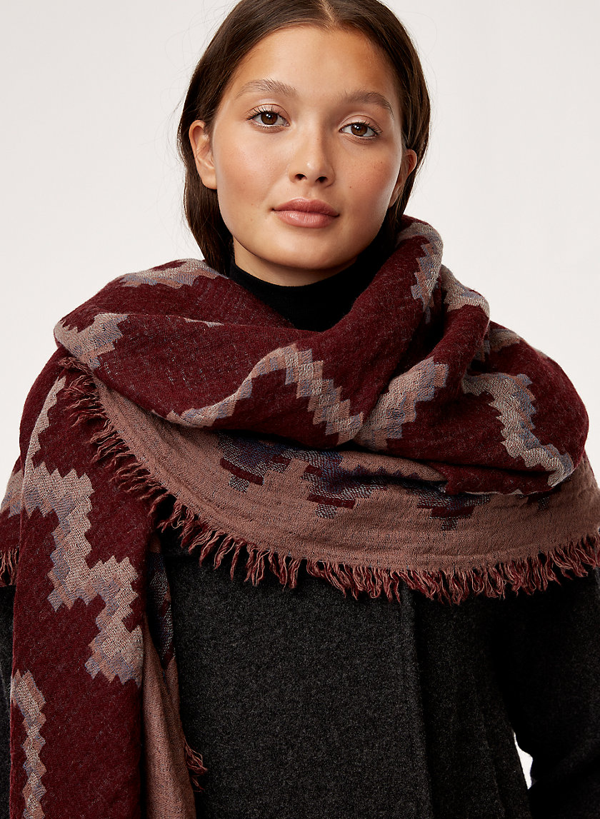 Wilfred DIAMOND MOSAIC BLANKET SCARF | Aritzia