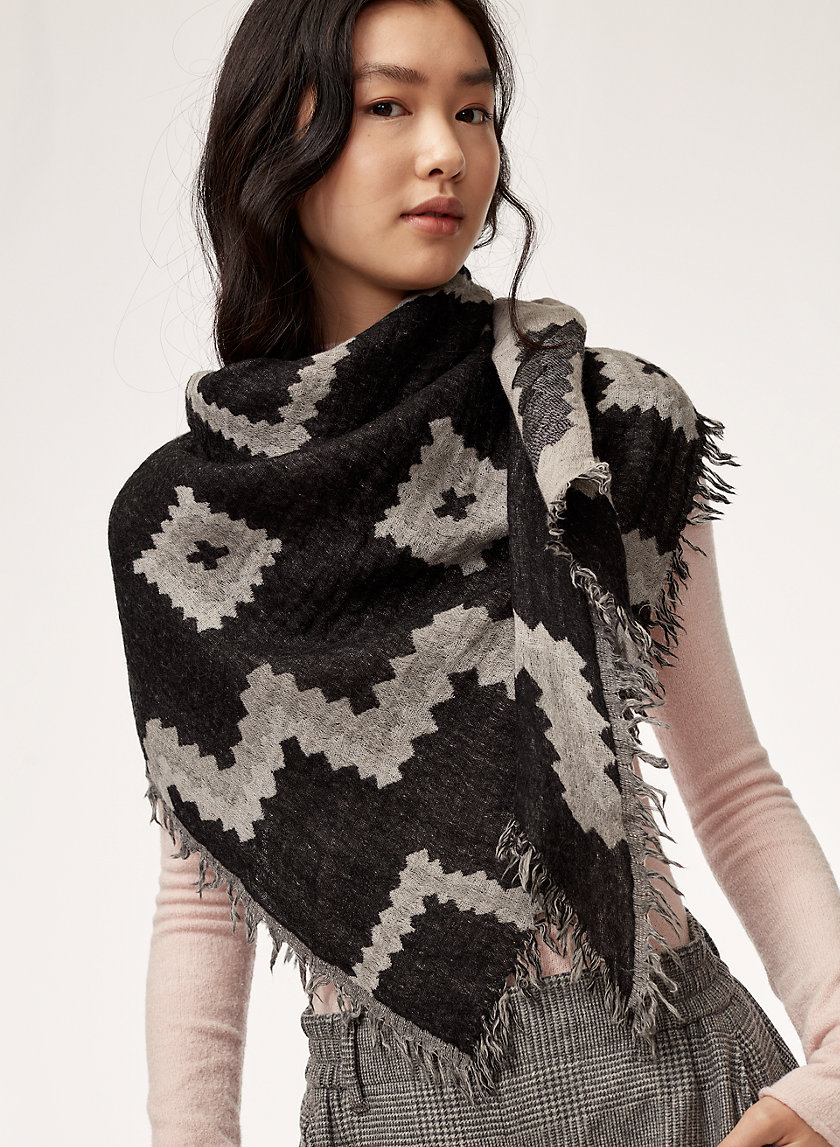 Wilfred DIAMOND MOSAIC TRIANGL | Aritzia