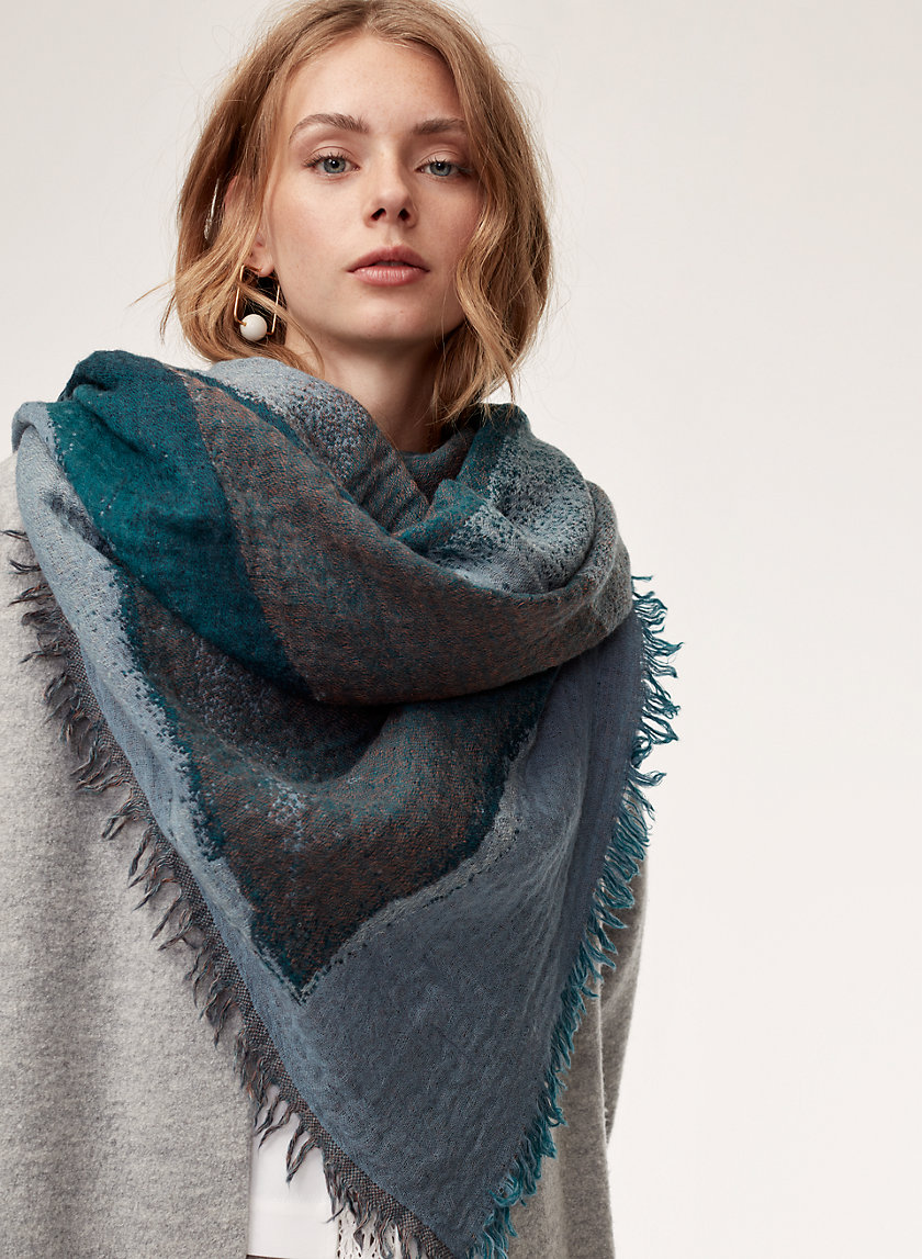 Wilfred CRYSTAL QUARTZ BLANKET | Aritzia