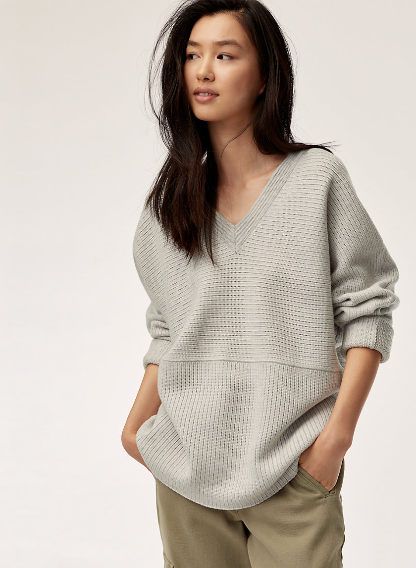 BELGARD SWEATER - Oversized V-neck sweater