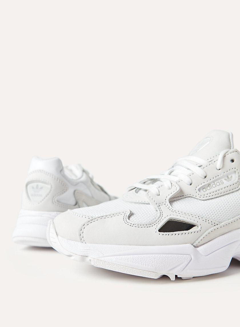 FALCON - 90s Sneakers
