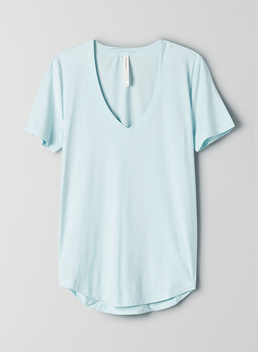 FOUNDATION V-NECK - V-neck t-shirt