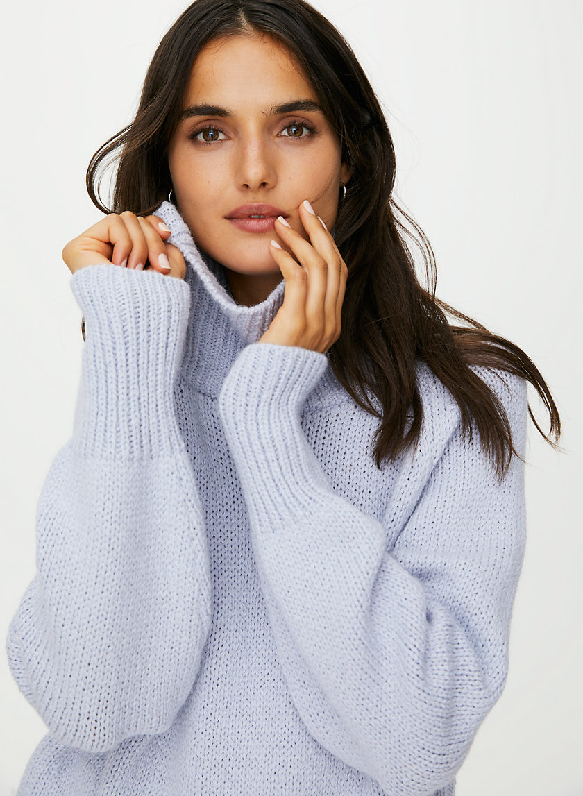 DAY OFF TURTLENECK SWEATER - Oversized turtleneck sweater