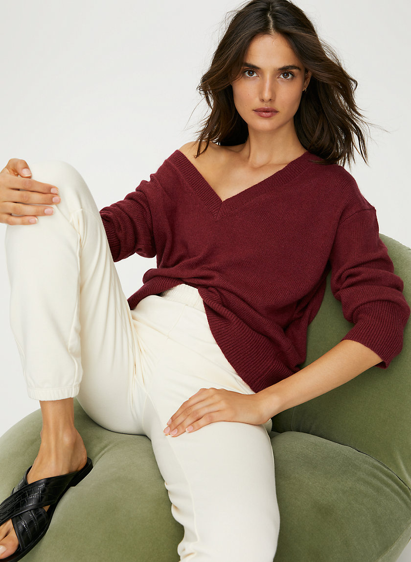 LUXE CASHMERE RELAXED V-NECK - Long sleeve V-neck sweater