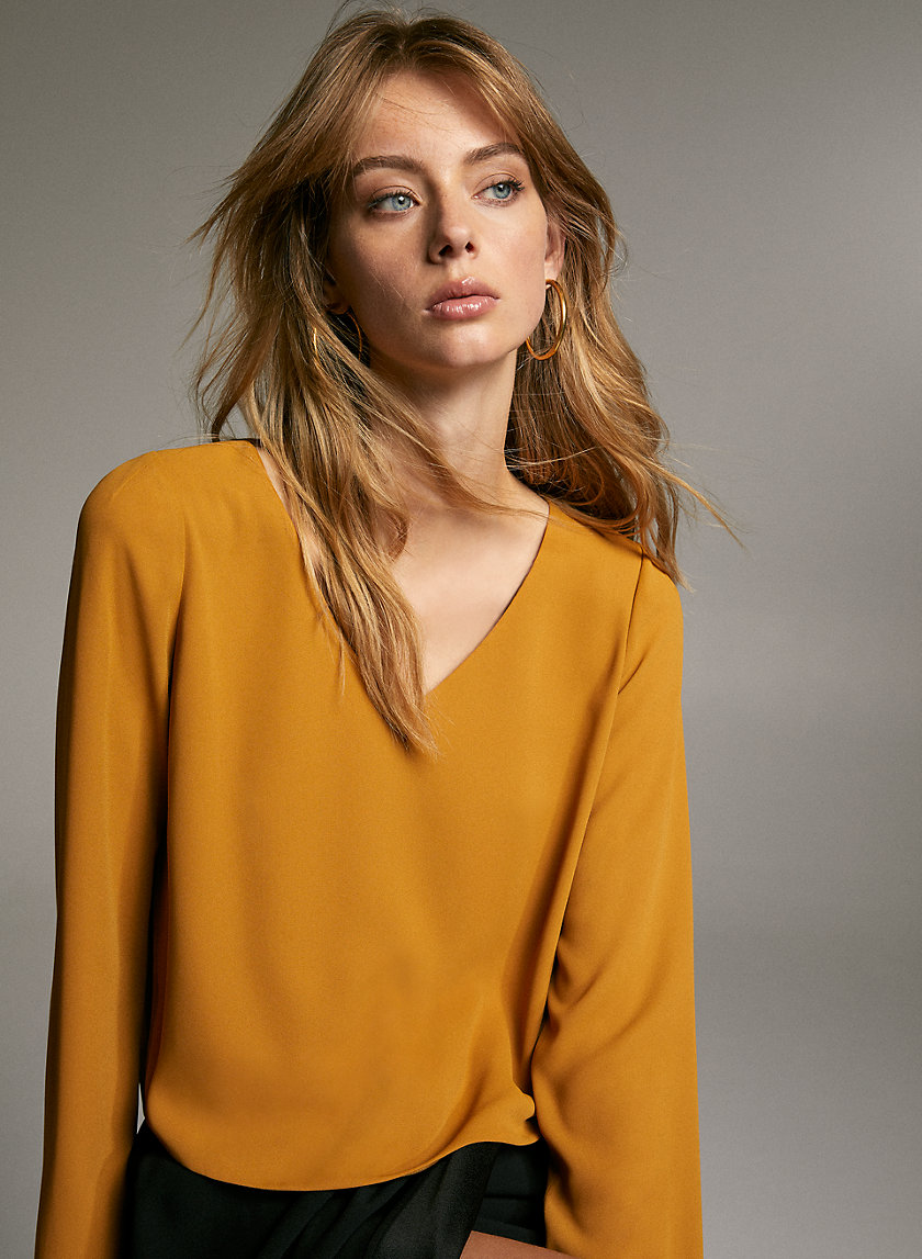 MURPHY LONGSLEEVE - Long-sleeve, V-neck blouse