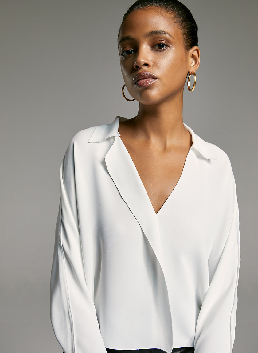 MARTIN BLOUSE - Cropped, V-neck blouse