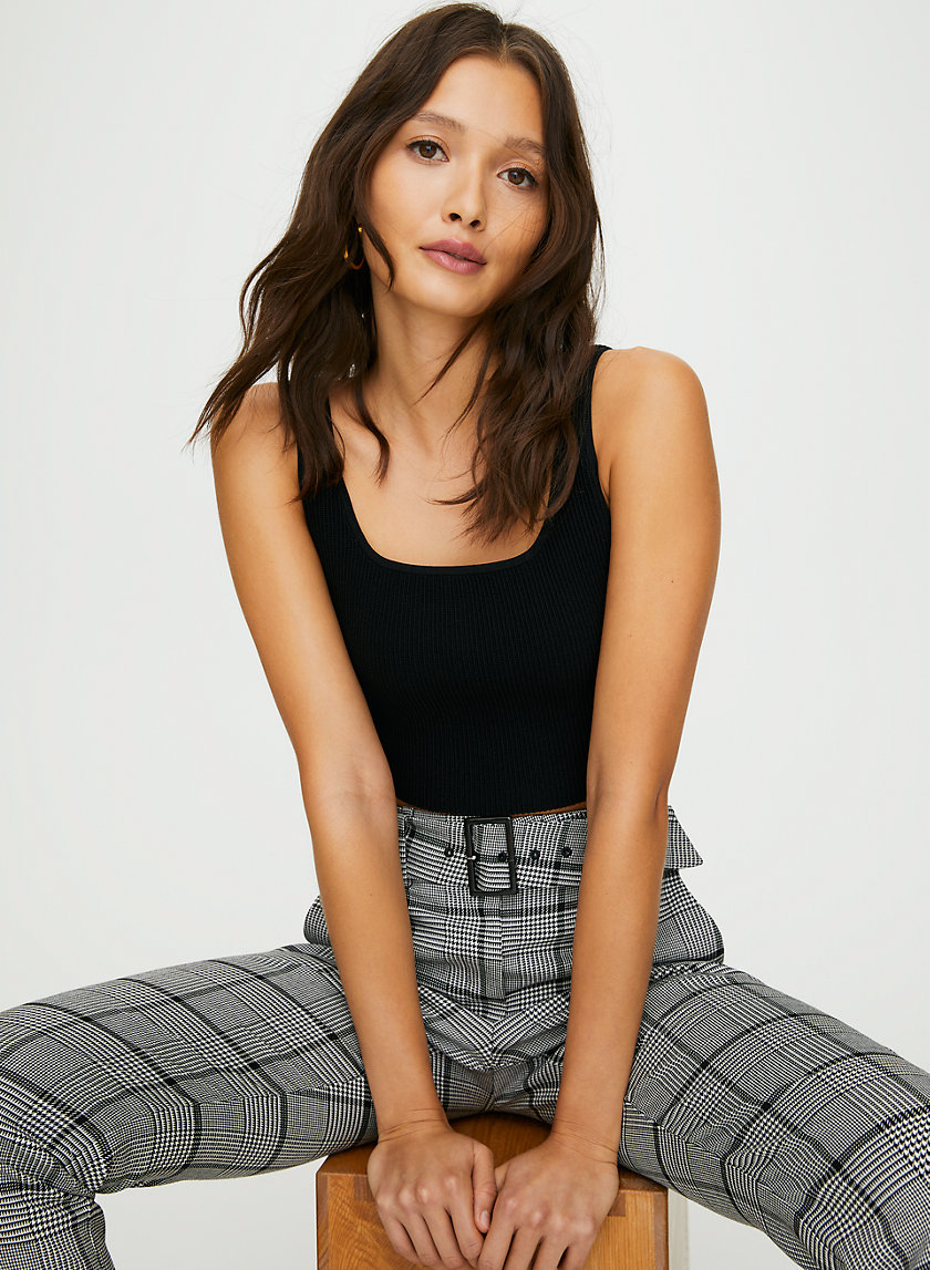SCULPT KNIT TANK (ARJUN KNIT TOP) - Cropped, ribbed tank top