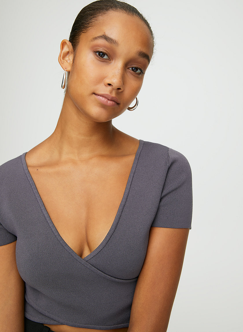 SCULPT KNIT CROSS-FRONT TOP - Cropped, cross-front top
