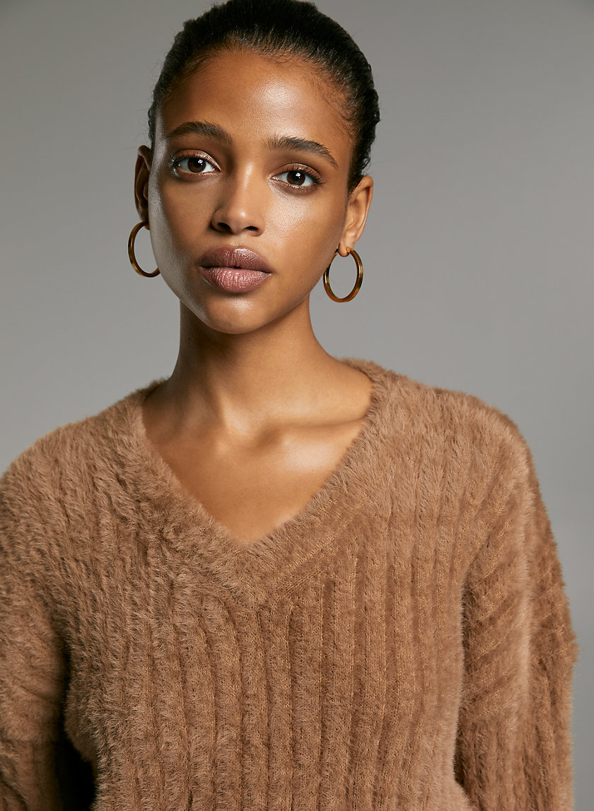ULMANN SWEATER - V-neck, wide-sleeve sweater