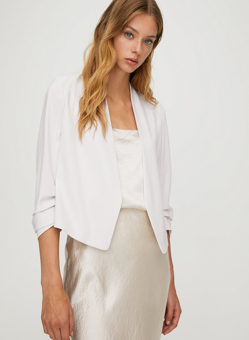 MACAULEY SHORT BLAZER - Cropped, 3/4 rolled sleeve blazer