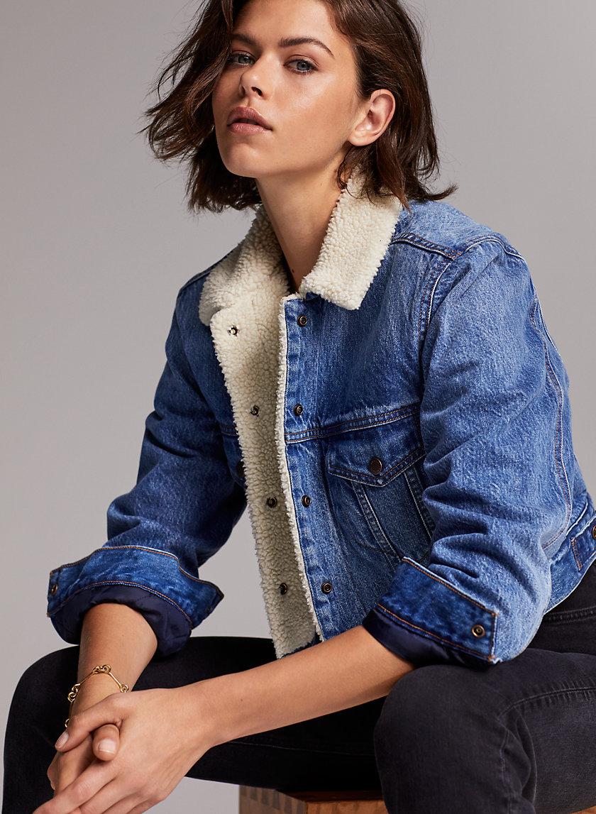 THE TINA SHERPA JACKET - Cropped denim sherpa jacket