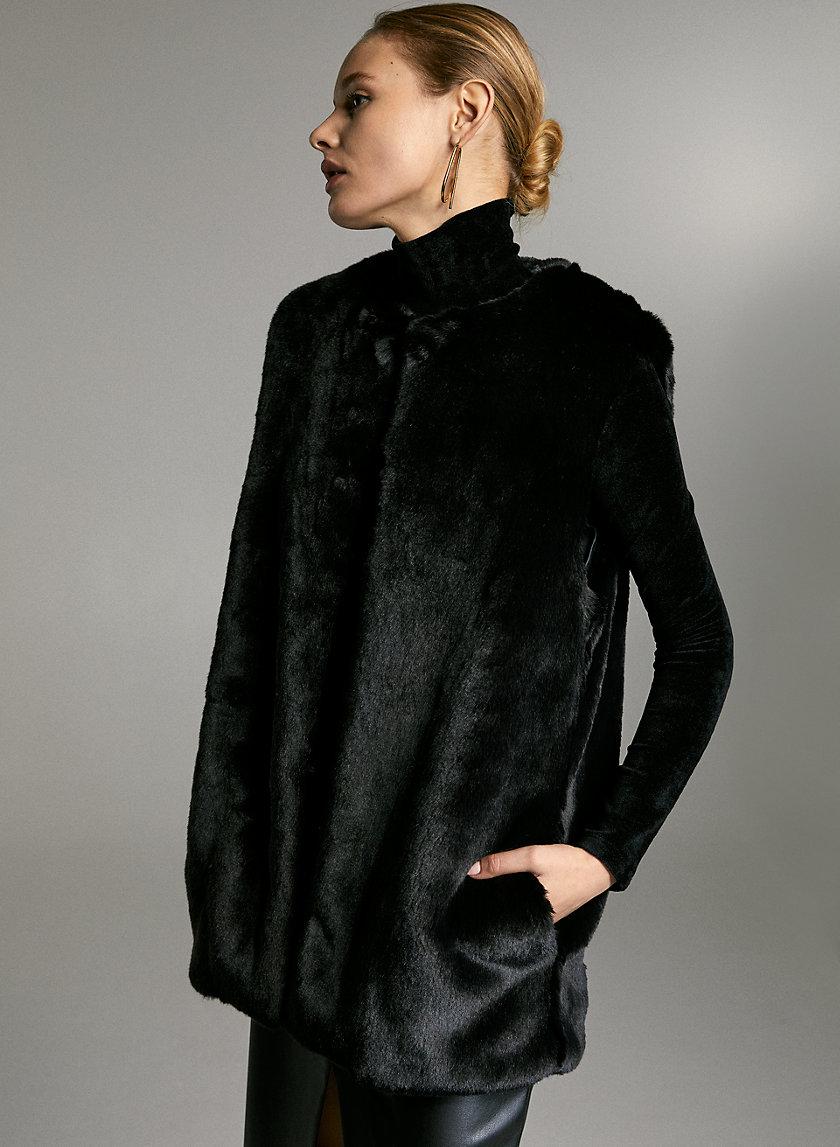 VANDELAY FAUX FUR VEST - Lined faux-fur vest