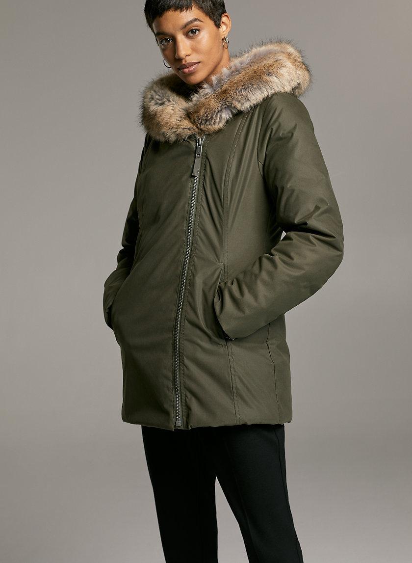 ST.MORITZ SHORT PARKA - Goose-down parka with faux fur hood