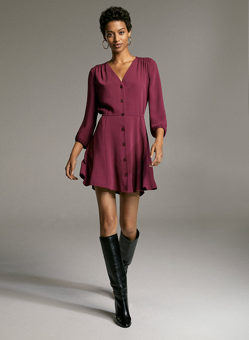 DAY DRESS - Button-up, V-neck dress