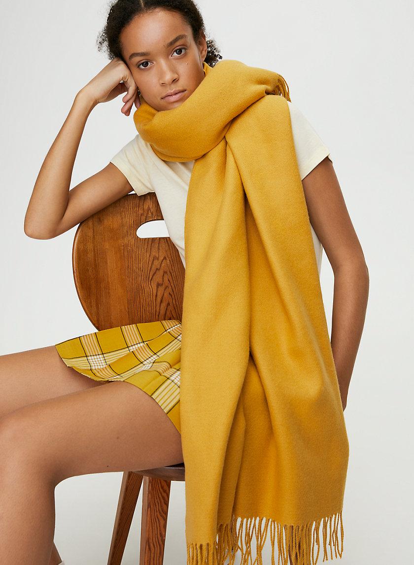 CLASSIC BLANKET SCARF - Fringed blanket scarf