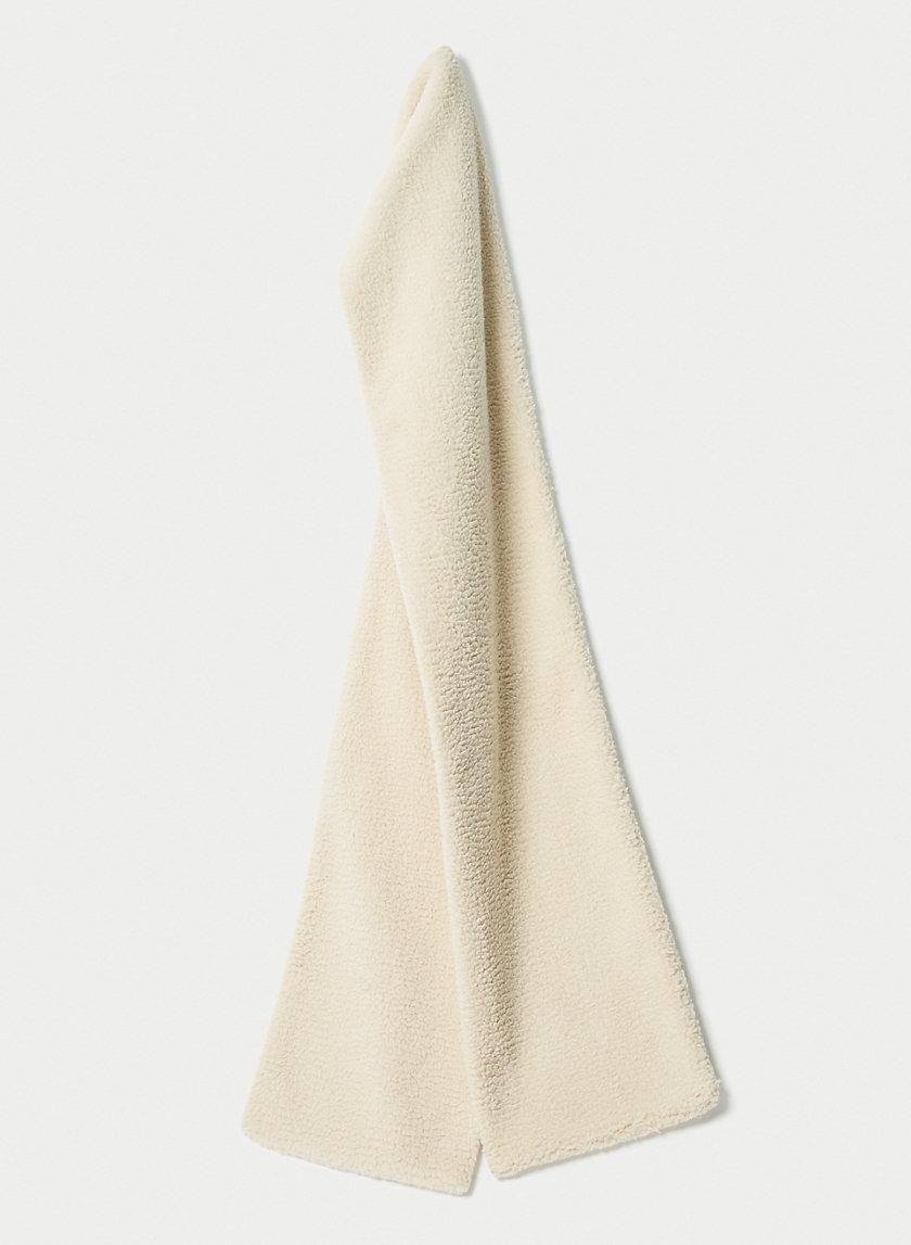 SANSA SCARF - Large fuzzy scarf