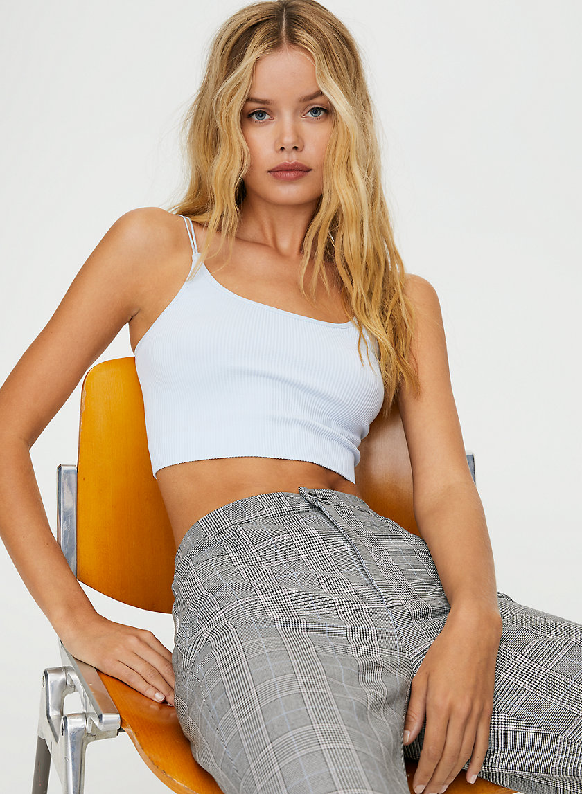 SEAMLESS RIBBED CAMISOLE - Cropped seamless tank top