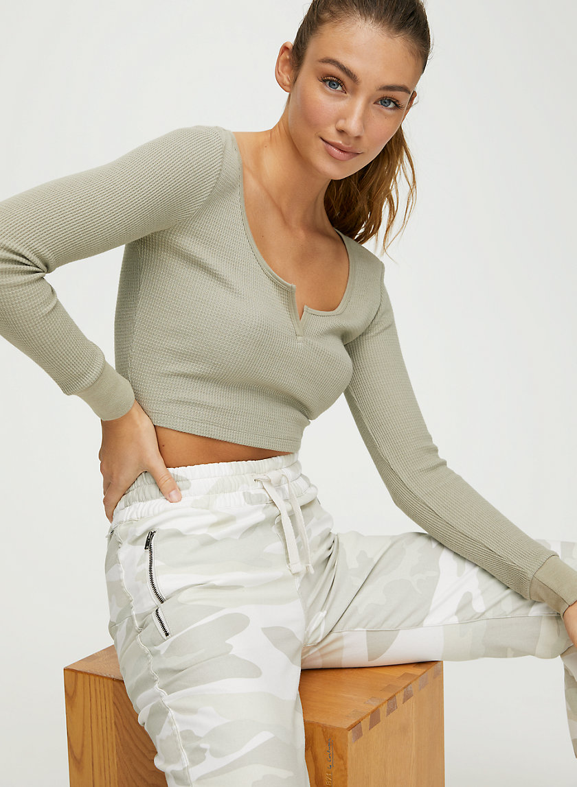 THERMAL SCOOPNECK - Cropped waffle scoop-neck shirt