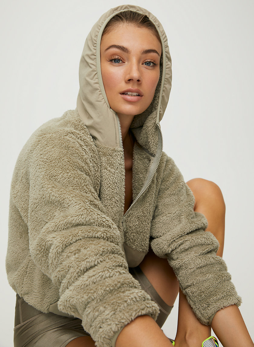 FUZZY ZIP HOODIE - Cropped fuzzy pullover