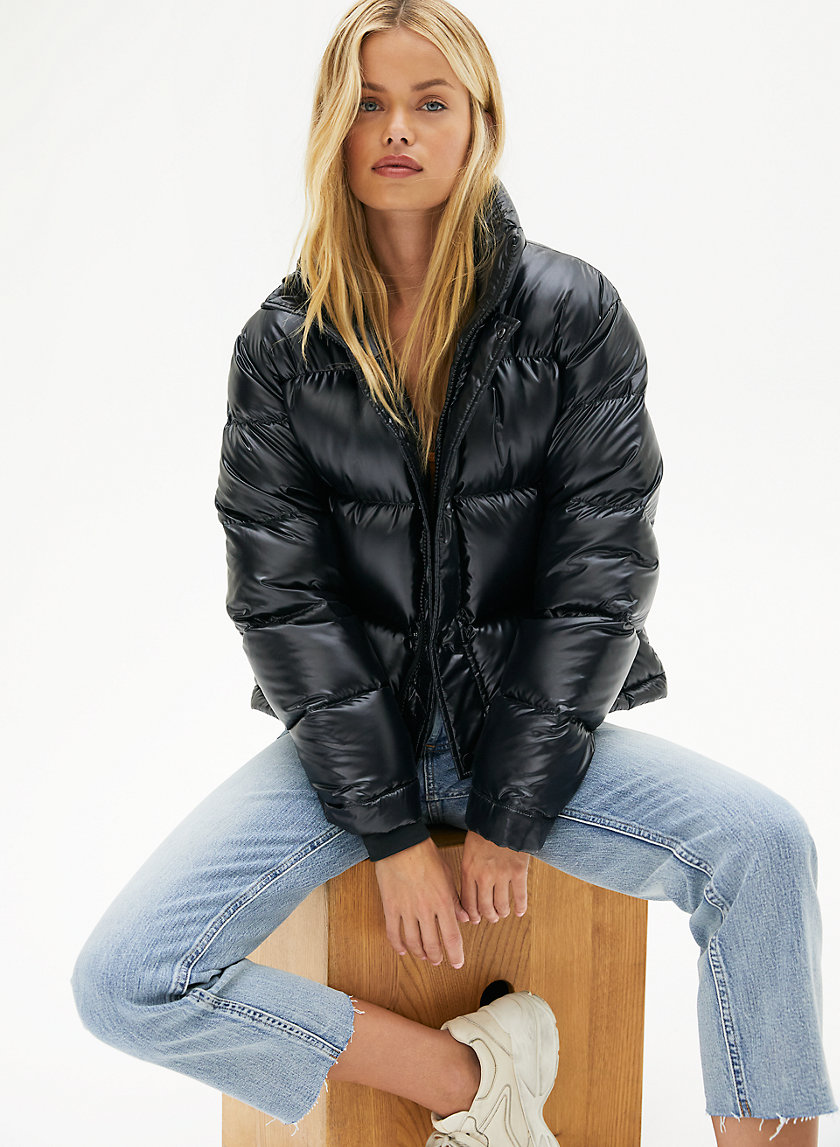 THE SUPER PUFF™ SHORTY - Goose-down puffer jacket
