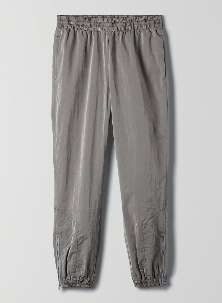 DOPE DYED TRACKPANT - Lightweight nylon track pant
