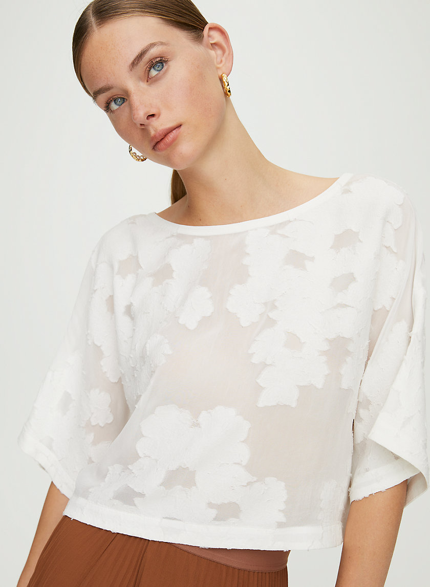 BLAYZE T-SHIRT - Cropped, floral blouse