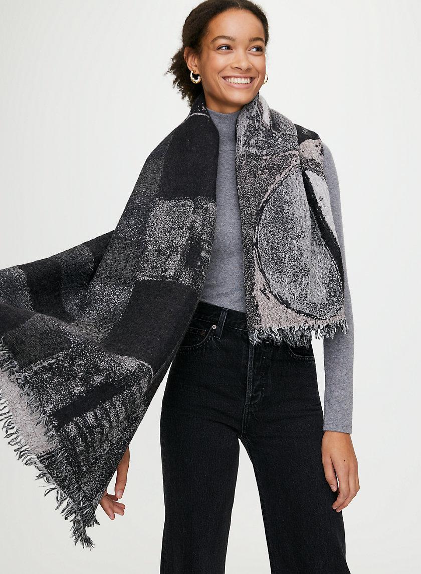 HAUS BLANKET SCARF - Patterned, wool blanket scarf