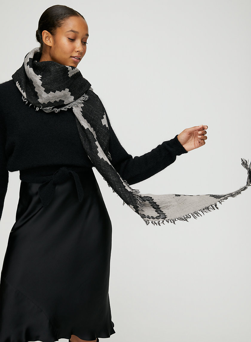 DIAMOND MOSAIC SCARF - Reversible, wool triangle scarf