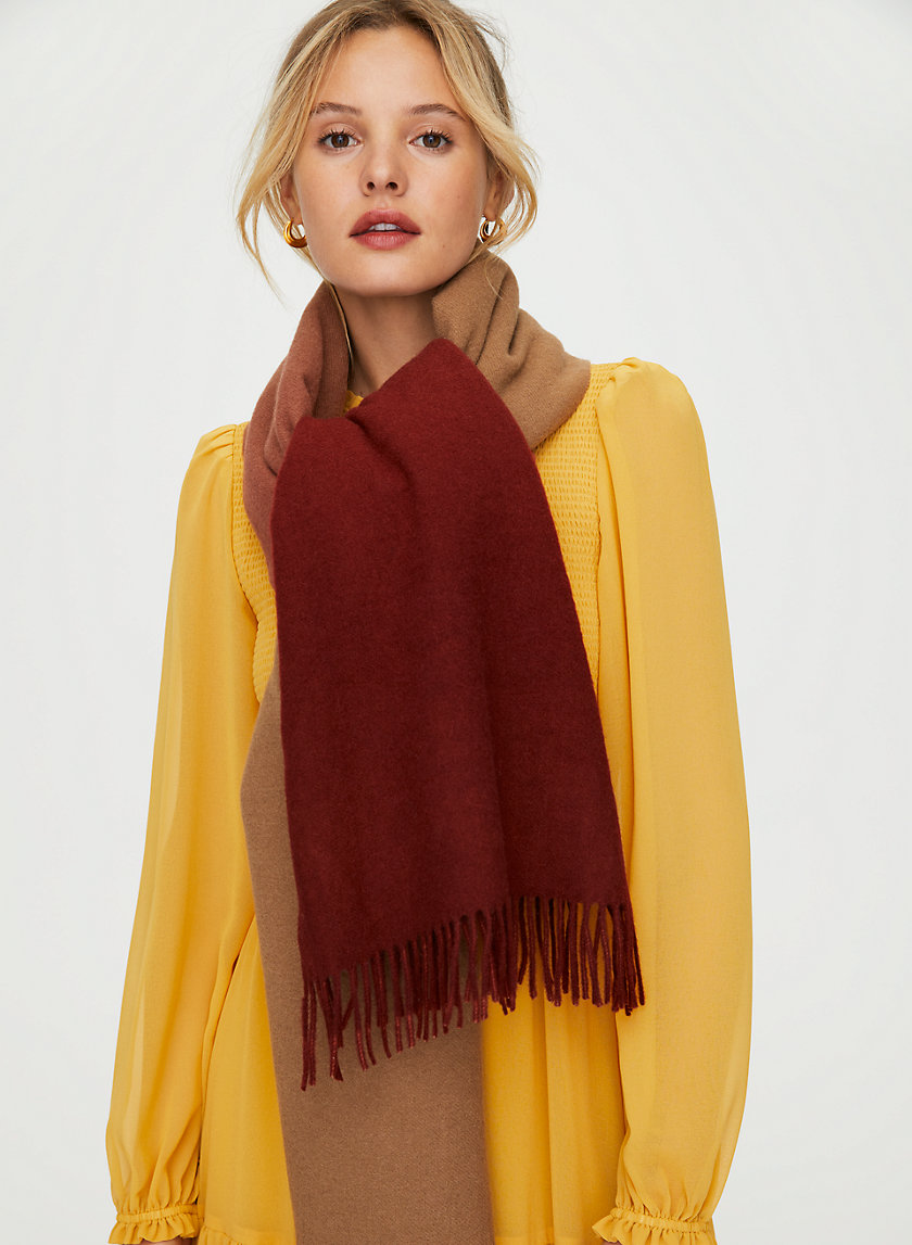 THE CLASSIC WOOL SCARF - Ombré oblong scarf