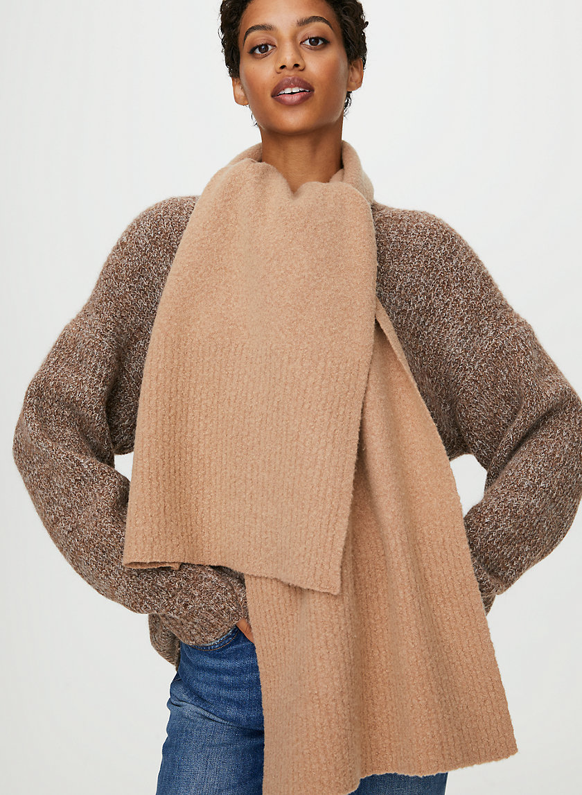 OBLONG BOUCLE SCARF - Wool boucle scarf