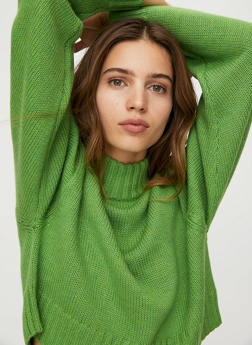 HEINEN SWEATER - Cropped, high-neck sweater